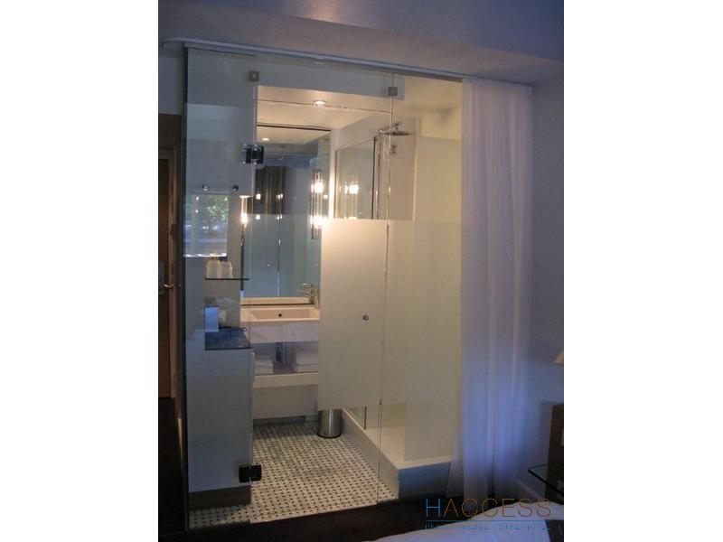 cool cloison de sparation en verre scurit option dpoli. Black Bedroom Furniture Sets. Home Design Ideas