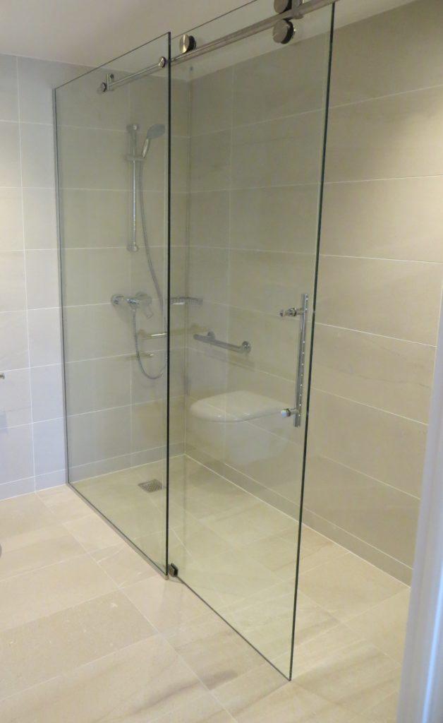 Façade de douche fixe + coulissant Shower Tight