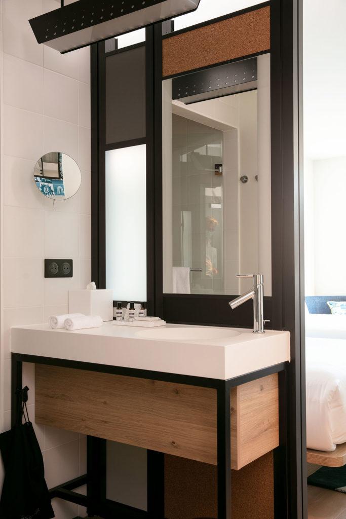Miroir rétro-éclaire type Tech